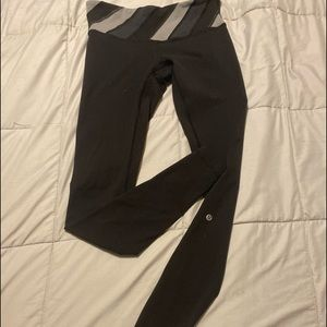 Lululemon legging black size 6